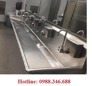 Bồn rửa tay inox xịt nước cảm biến tự động